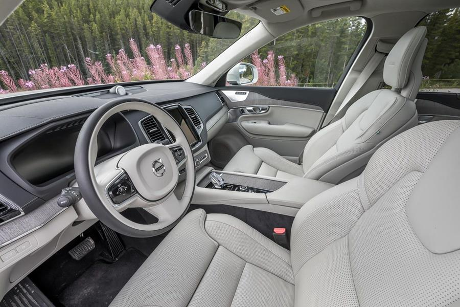 gary-jaffarian-volvo-xc90-interior